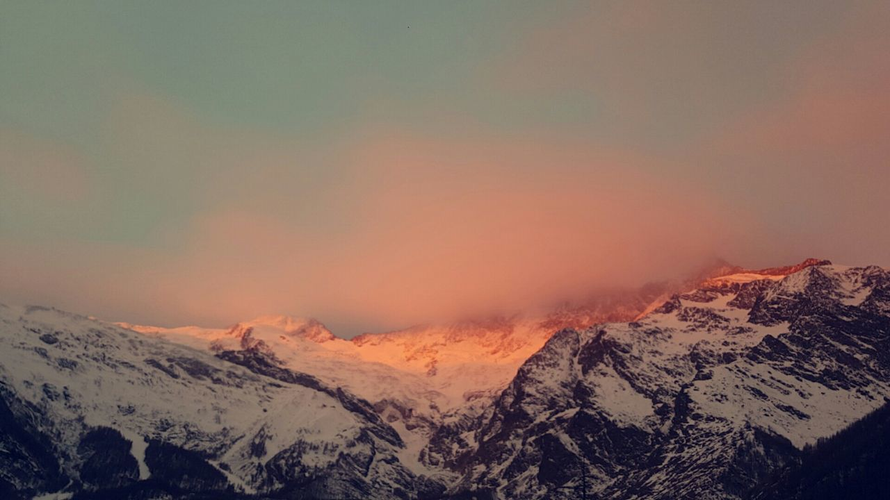 Saasfee Switzerland Nofilter Sunrise Mountain View Mountain Snow No People Nature Colors