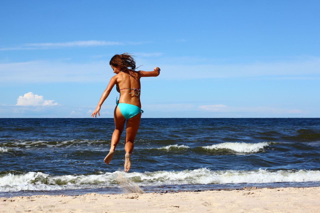 Summer time Happy People Jump Life Is A Beach That's Me Peoplephotography Sea Ilovebeach Girl Happypeople Colour Portrait
