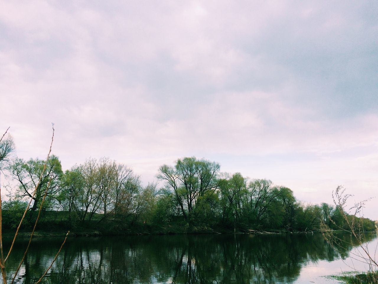 Water Lake Beauty In Nature Day Calm Cloud - Sky Image Green