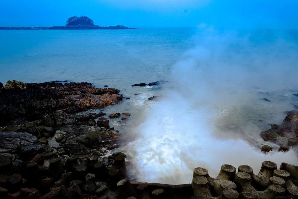 Beautiful stock photos of wasserfall, blue, sea, water, horizon over water