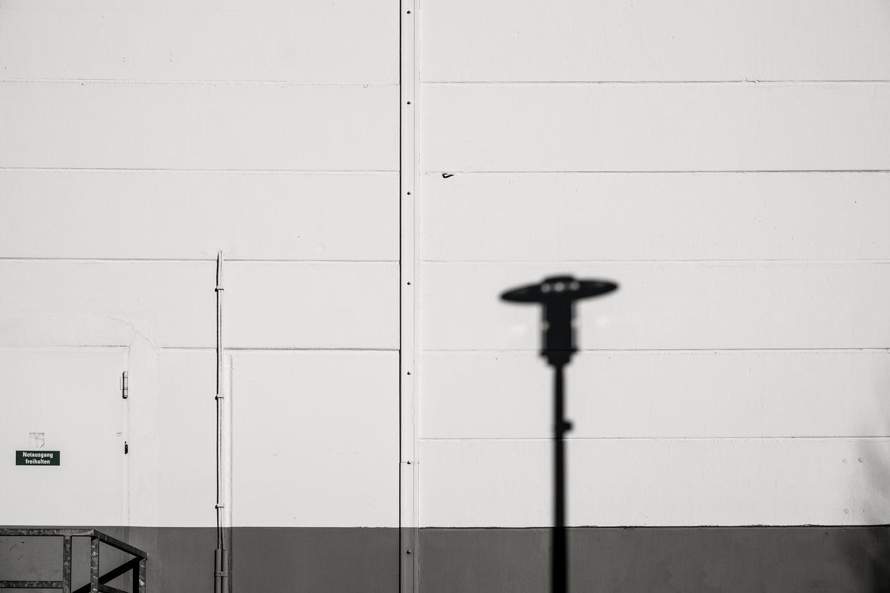 Shadowplay IV Berlin Day Lamp Lampshadow Light And Shadow Minimal Minimalism Minimalist Architecture Minimalistic Minimalobsession No People Shadowplay Shadows Shadows & Lights Simplicity Urbanphotography