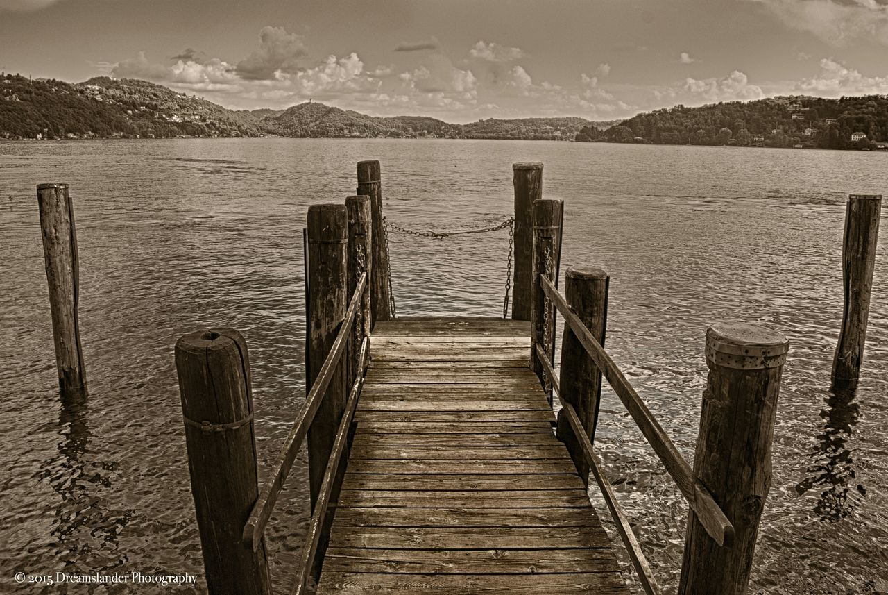 Sea And Sky Lake View Malinchonic Landscape Monochrome Black & White Blackandwhite Photography Monochromatic Mountains And Sky