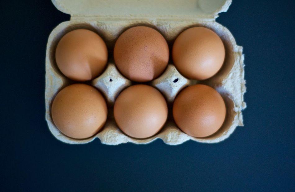 Brown Eggs Close Up Egg Carton Eggs Half Dozen Healthy Organic Perspective