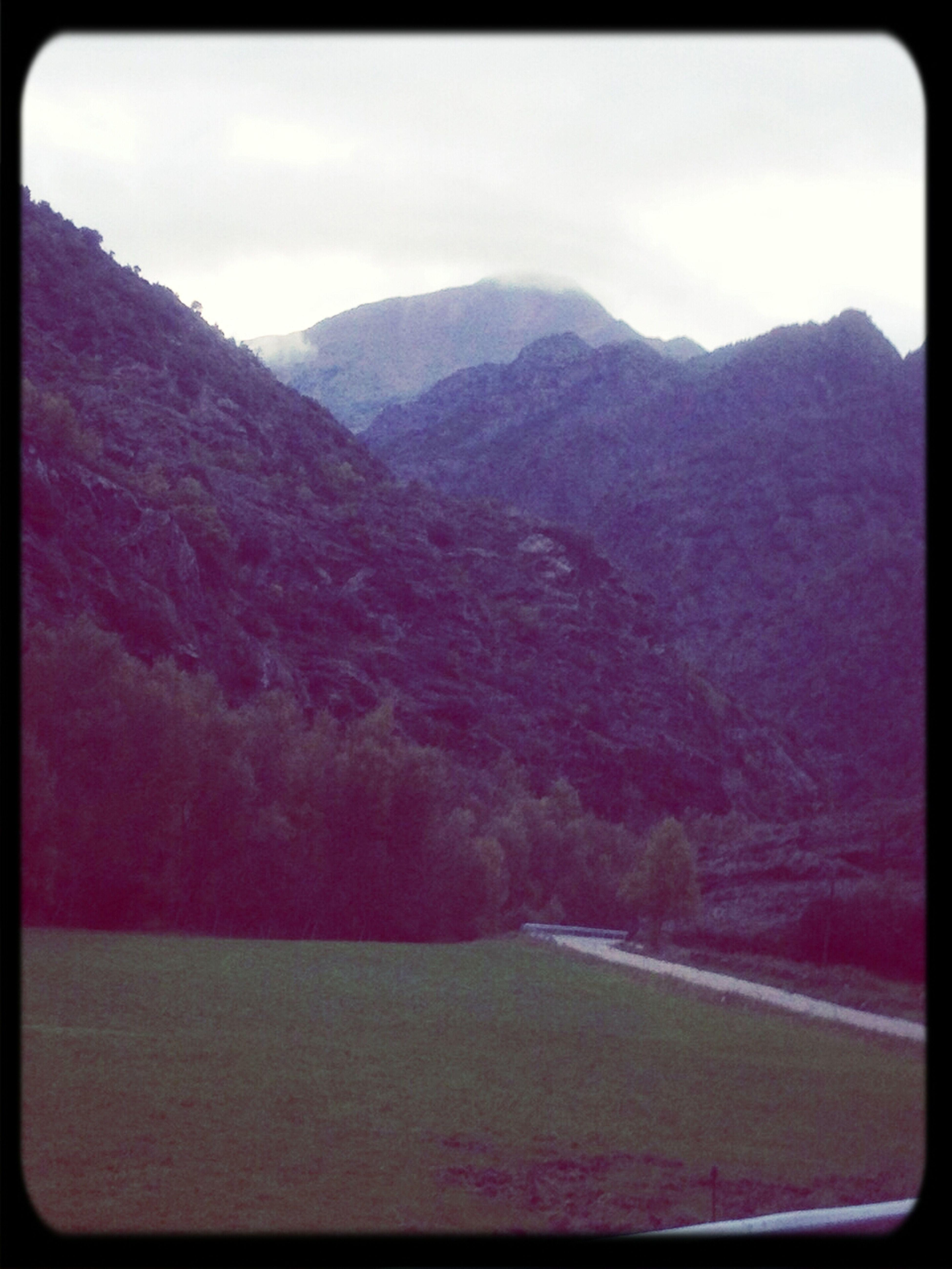 Monteixo Pirineus Altpirineu Catalunya