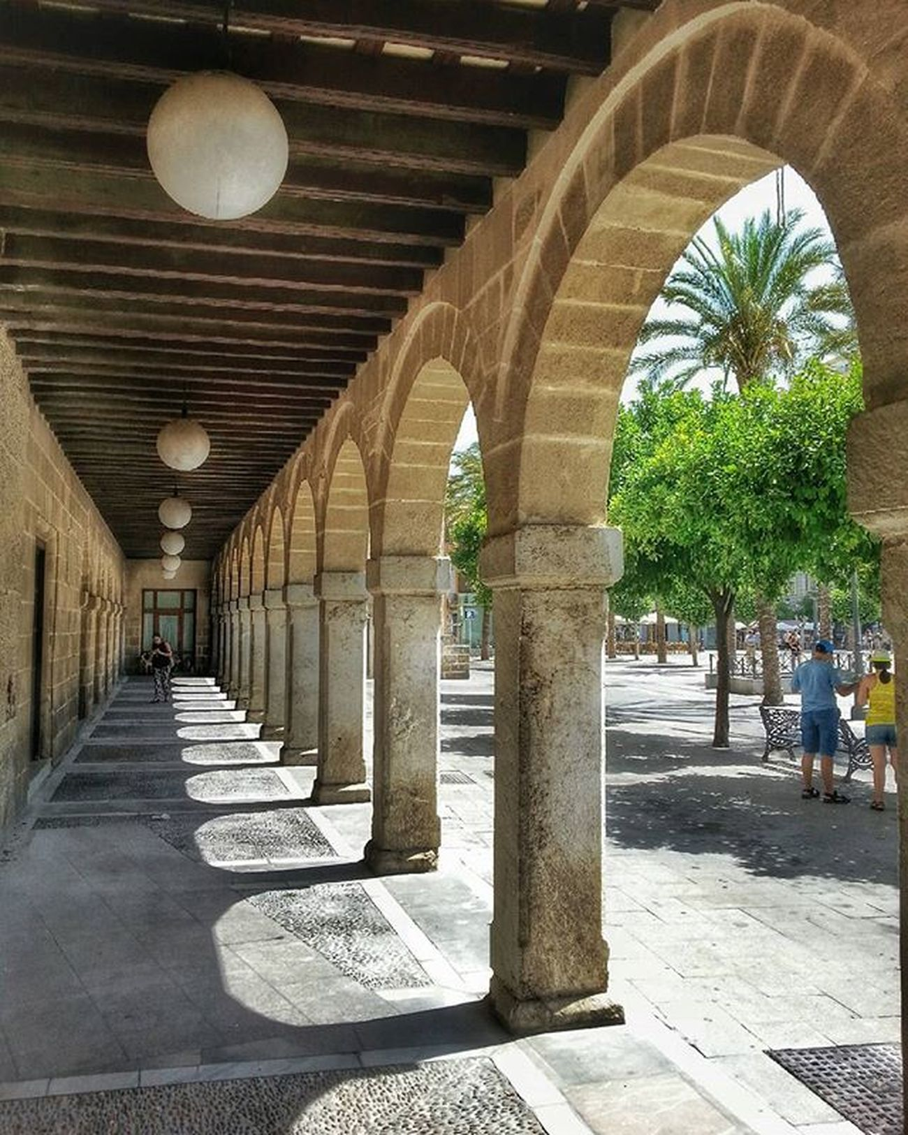Plaza del Arenal de Jerez de La Frontera. ************************************************* ★★★★FOTO SELECCIONADA POR★★★★ 👉🏼@andalucia_monumental. Les doy las gracias por elegir esta foto para incluirla en su fantástica galería. Desde aquí recomiendo seguirlos y usar su etiqueta. ************************************************* Jerezdelafrontera Todoclick Hdr_pics Hdr_lovers Great_captures_HDR Anonymous_hdr Collection_hdr Ok_spain Hdr_captures Love_hdr_colour Hdr_spain Roadwarrior_hdr Estaes_cadiz IG_HDR_DREAMS Descubriendoigers Travelmag_hdr Ok_streets Andaluciaviva Andalucia_monumental IG_andalucia Loves_cadiz Hdr_proffesional Ig_great_pics Asiesandalucia Your_worldcaptures insta_world_free coolworld_hdr match_hdr turismojerez hdr_reflex
