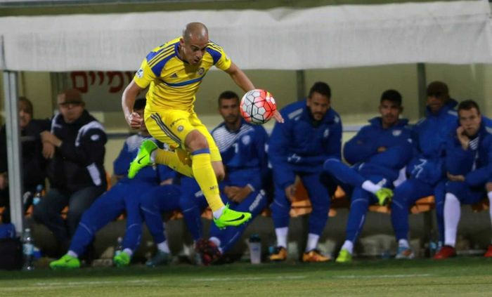 Tal ben haim First Eyeem Photo Maccabi_tlv Foot Footballplayer  Jamp! Soccer Player Sport Photography Nikoart