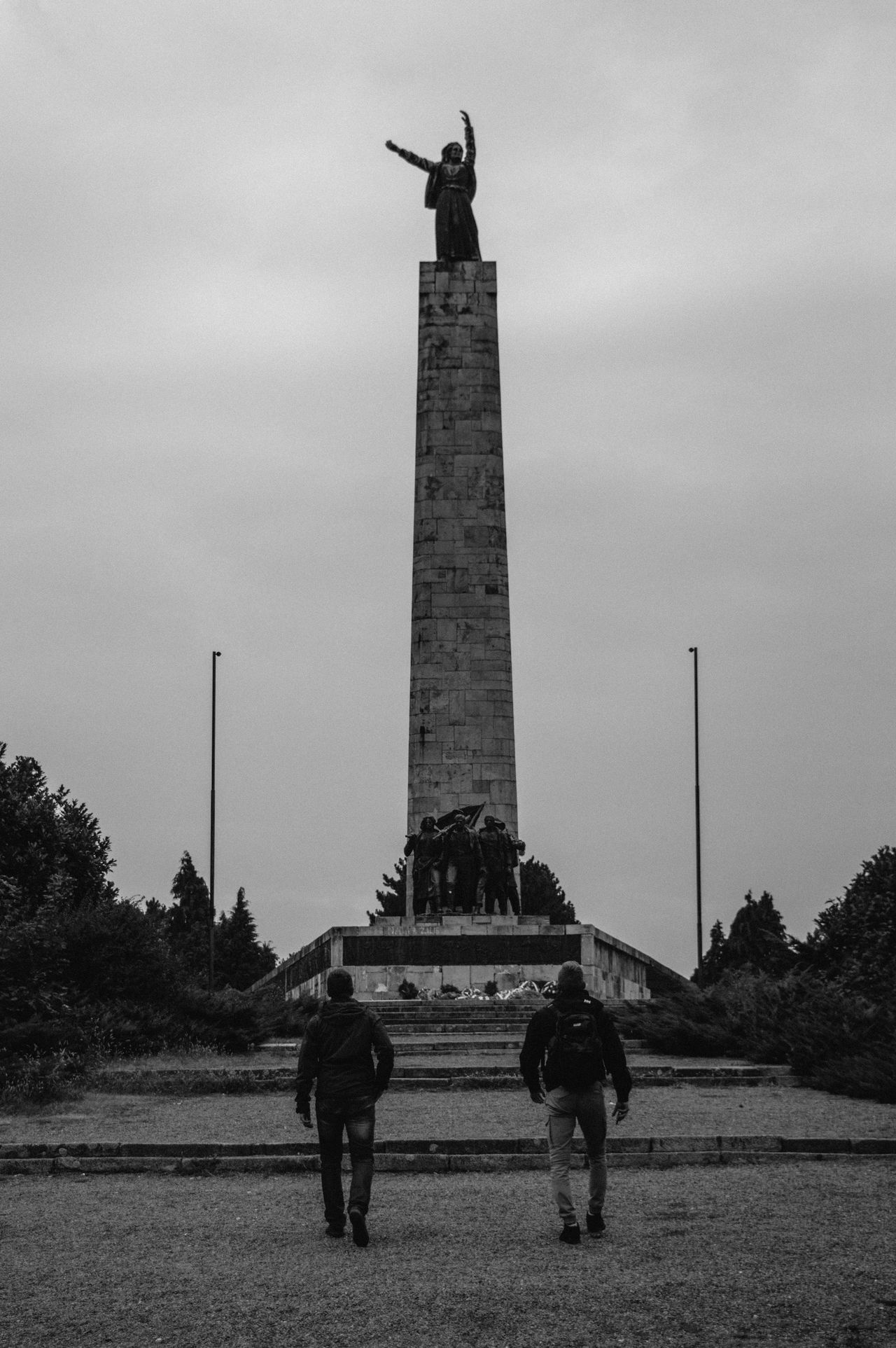 Beautiful stock photos of traurig, men, monument, silhouette, outdoors