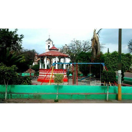 Mexico Town Pueblo Kiosco  Iglesia motorola motoG motorolaG kiosk church green verde travel discovery fotomexico morelos gf_mexico Mexico_Maravilloso