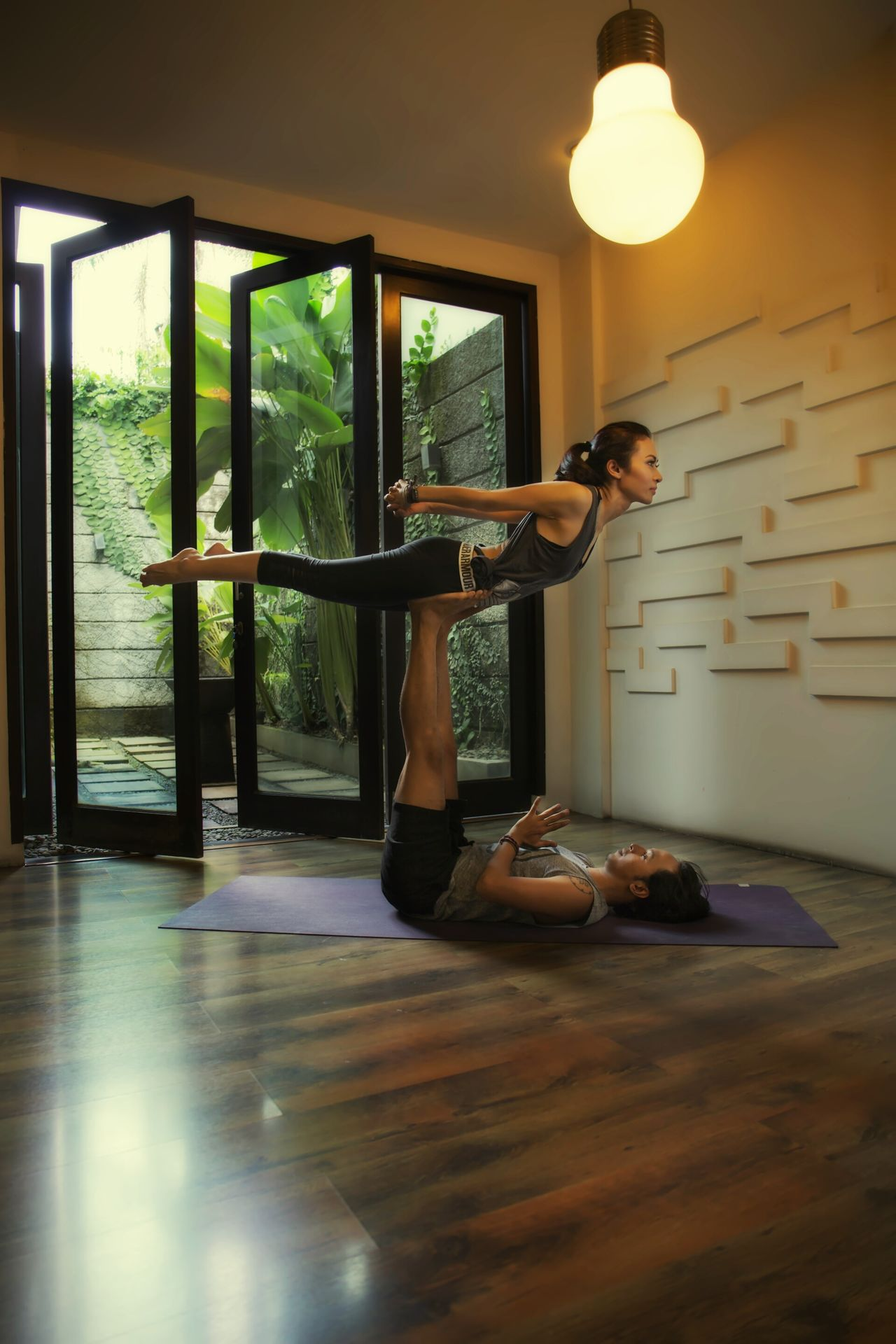 Indoors  Only Women One Person Adult Sport Yoga Yoga Pose Yogagirl Yogainspiration Yogalife Yogaeveryday Photo Photooftheday People Sexywoman Hotgirl Artoftheday Sexygirl ArtWork Indonesian Photographers Collection Woman Portrait Women EyeEmNewHere