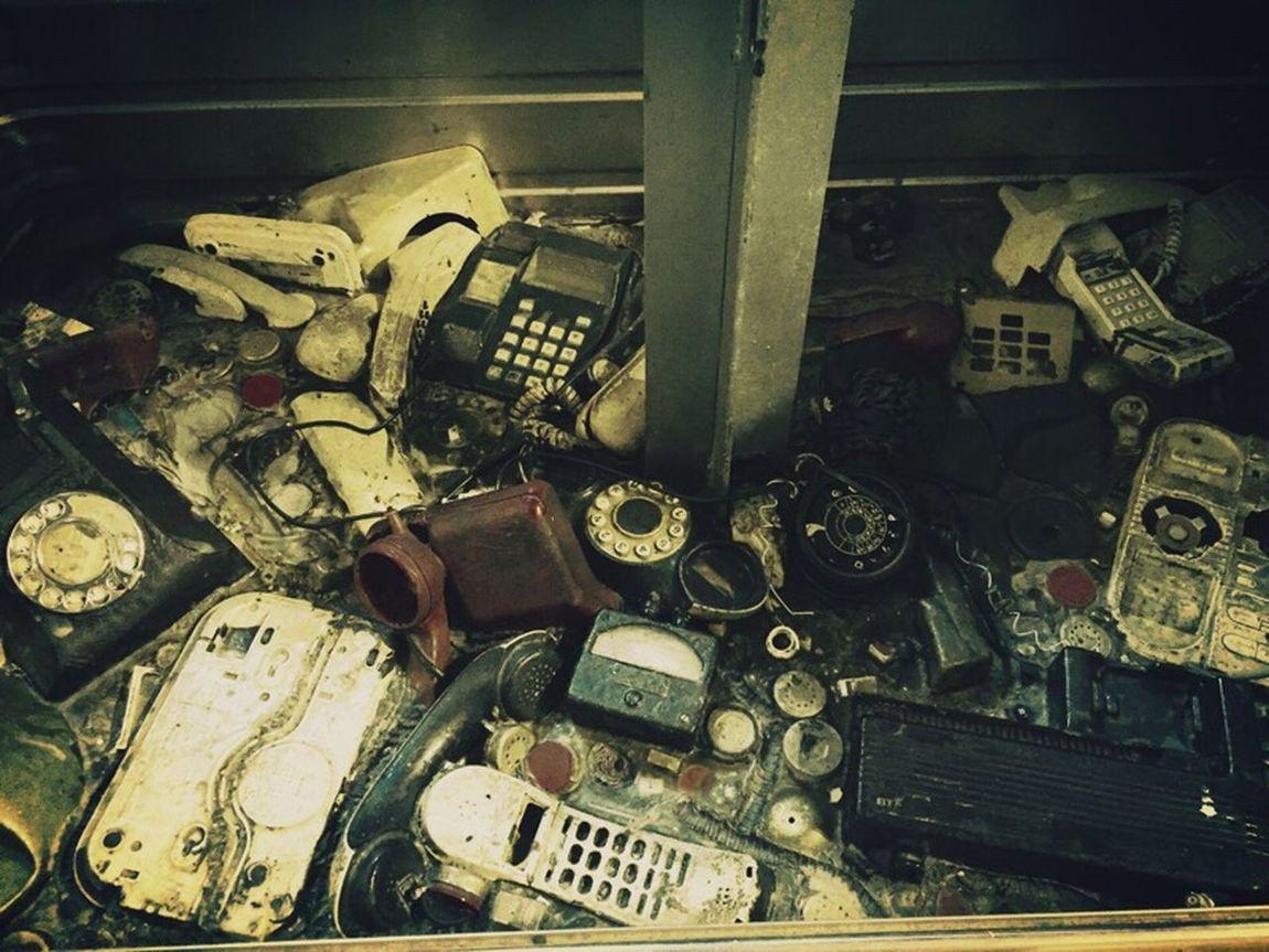 I'm sorry your call has been disconnected.. Please leave your message after the beep...........beeeeeeeeeeeeeep❓❗️⚠️ Old Phones
