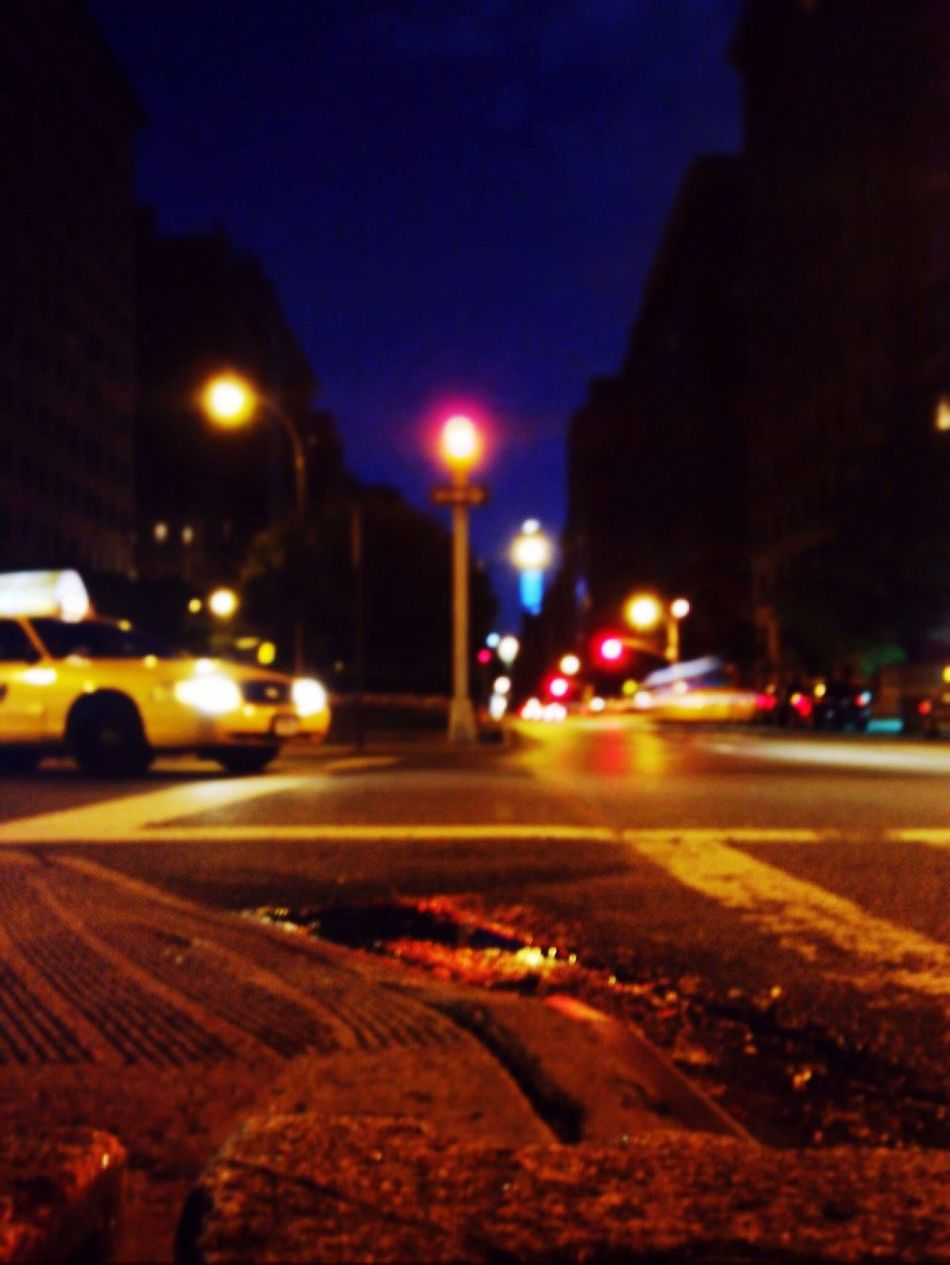 Parkavenue Manhattan New York Streetphotography The Street Photographer - 2015 EyeEm Awards Nightphotography Night Lights Night View Citynights Taxi
