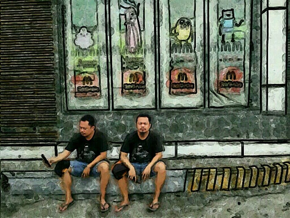 Twinning 😁 Twinning Sitting Photoography SuperFiltered Photooftheday Taking Photos Relaxing Hanging Out Check This Out Philippines