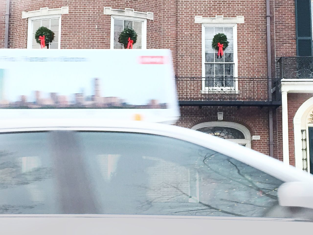 Brownstones and Boston cabby - Beacon Hill Historic City City Urban Holidays Windows Silhouette Through The Window Lowangle Decorations Motion