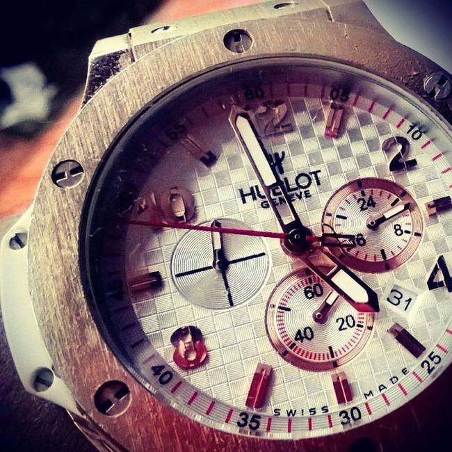 Don't watch the watch.......... Do what it does,. Keep going. SHDphotography HUBLOT Time Goes catchyourtimedontwatchitgoinstapicinstagrambigbanginspirednothingbutanokianokialumia