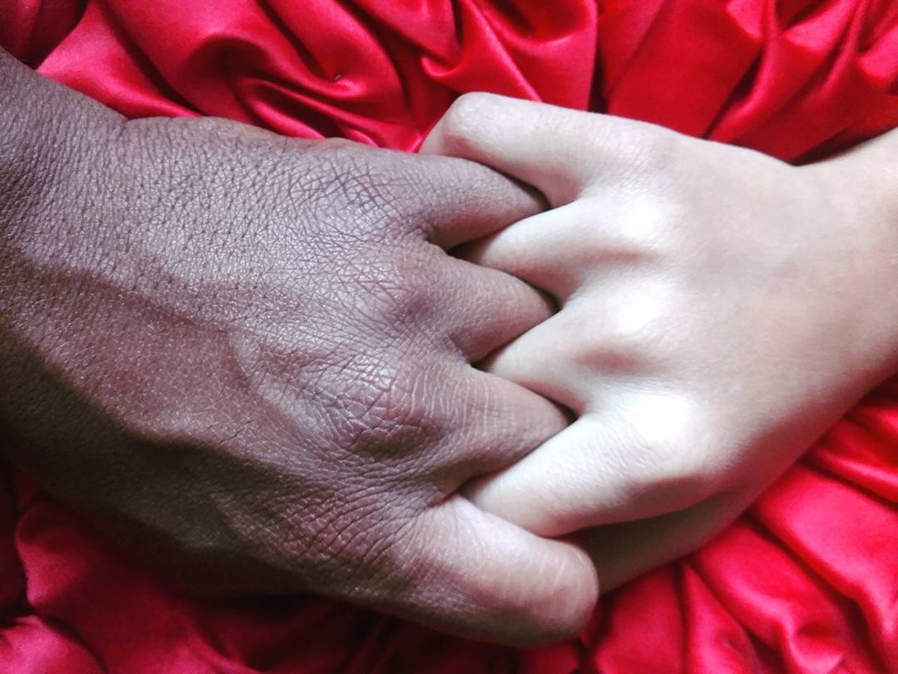 Human Hand Red Human Finger Human Body Part Close-up People Adult Colorful Inspired Redmi Redminote4photography EyeEmNewHere EqualityForAll Equality