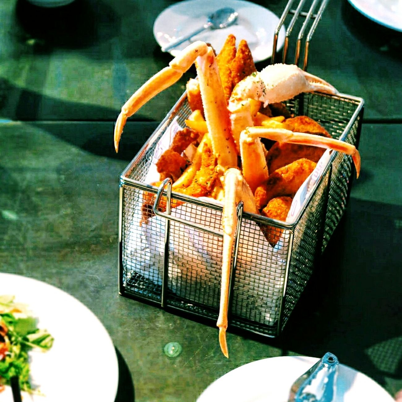 吃吧!有隻大寄居蟹🙊。 Friedfood Seafood Crades