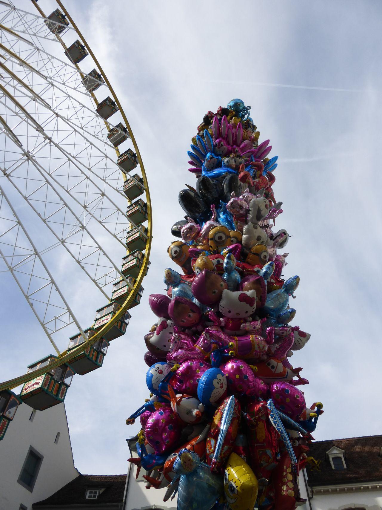 Capture The Moment Herbstmesse  Riesenrad Münsterplatz Ballons