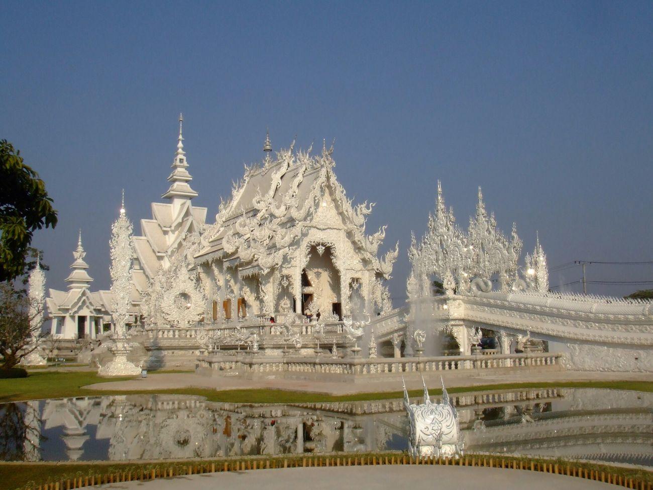 วัดร่องขุ่น / Wat Rong Khun Chiangrai Thailand Temple