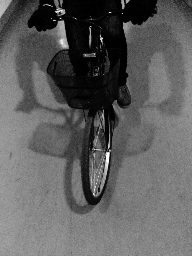 bicycle On A Break Taking Photos Enjoying Life 黑白 Black
