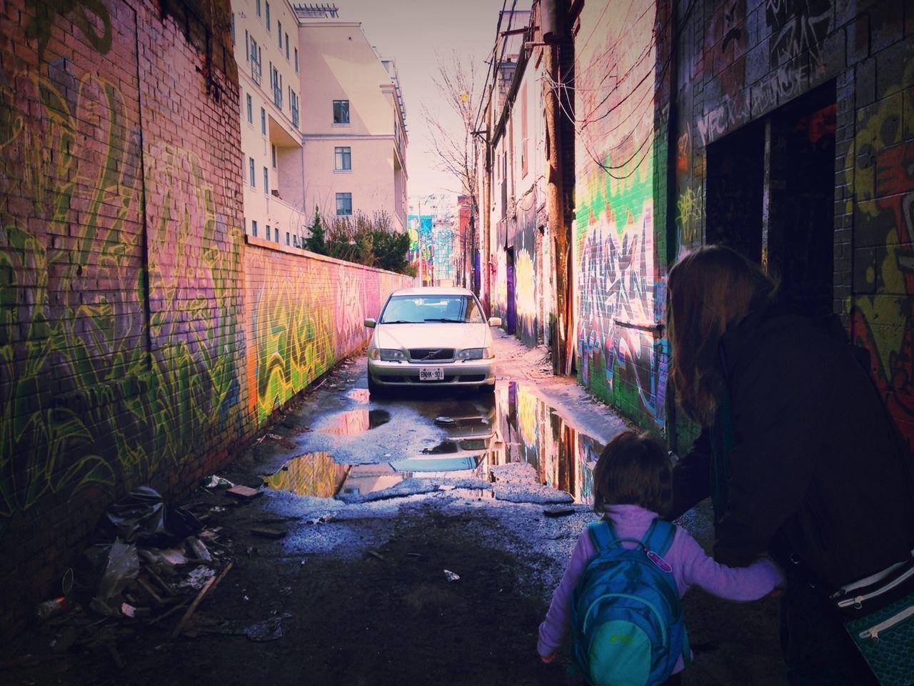 Streetphotography Exploring Backstreets & Alleyways