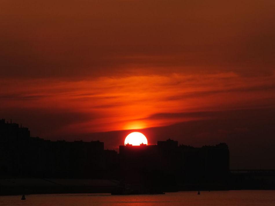 #clouds  #houses #sun  #Nizhny_Novgorod #river #russia #sunset #sun #clouds #skylovers #sky #nature #beautifulinnature #naturalbeauty #photography #landscape