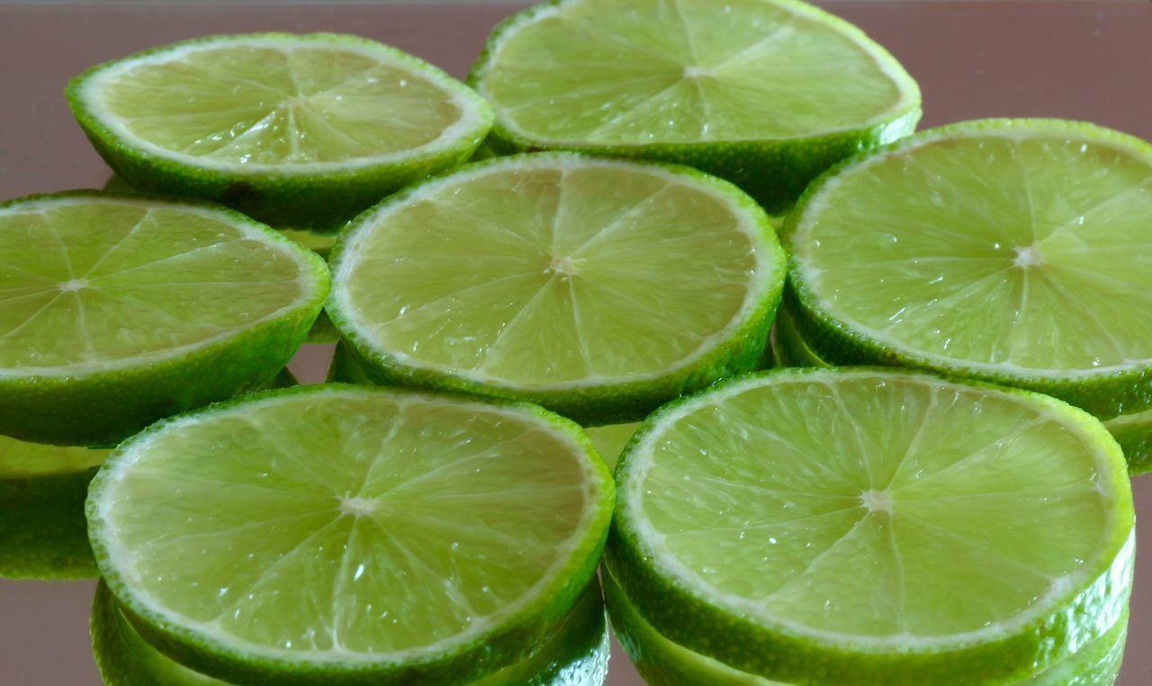 Lemon Lime By Motorola Fruits Lemon Lime Limette Citrus