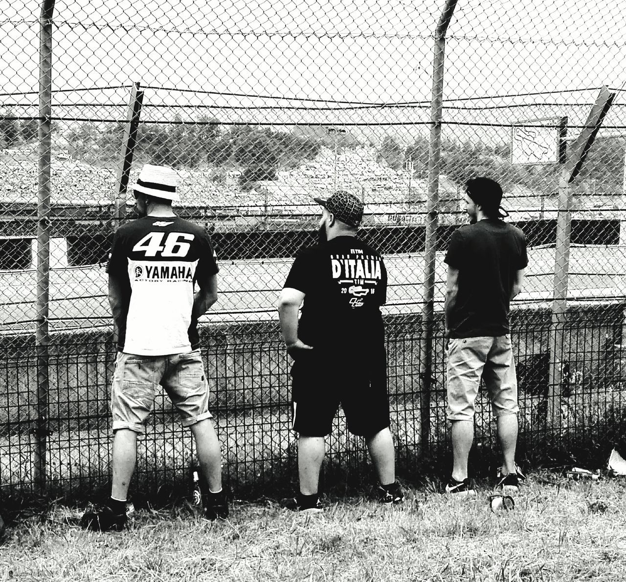 Mugello 2017 Real People Day Togetherness Outdoors Standing Stolen Shot Stolen Moments ValentinoRossi VR46 Enjoying Life Gp Mugello Motorcycle Motorcycle Racing Mugello Circuit Black & White Photography Capture The Moment Ops! What Are They Doing? Toilet Time🚽 Gran Premio D'Italia