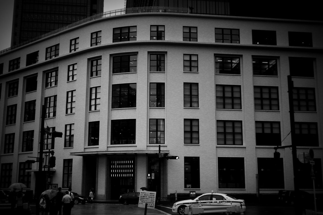 Tokyo Kitte… Monochrome B/w Streetphotography Canon M3 Contax CarlZeiss Biogon Tokyo Japan