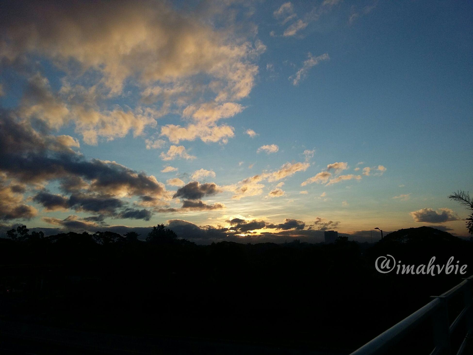 Galaxyprimeshot Sun_collection, Sky_collection, Cloudporn, Skyporn EyeEm Best Shots - Sunsets + Sunrise Cloudporn