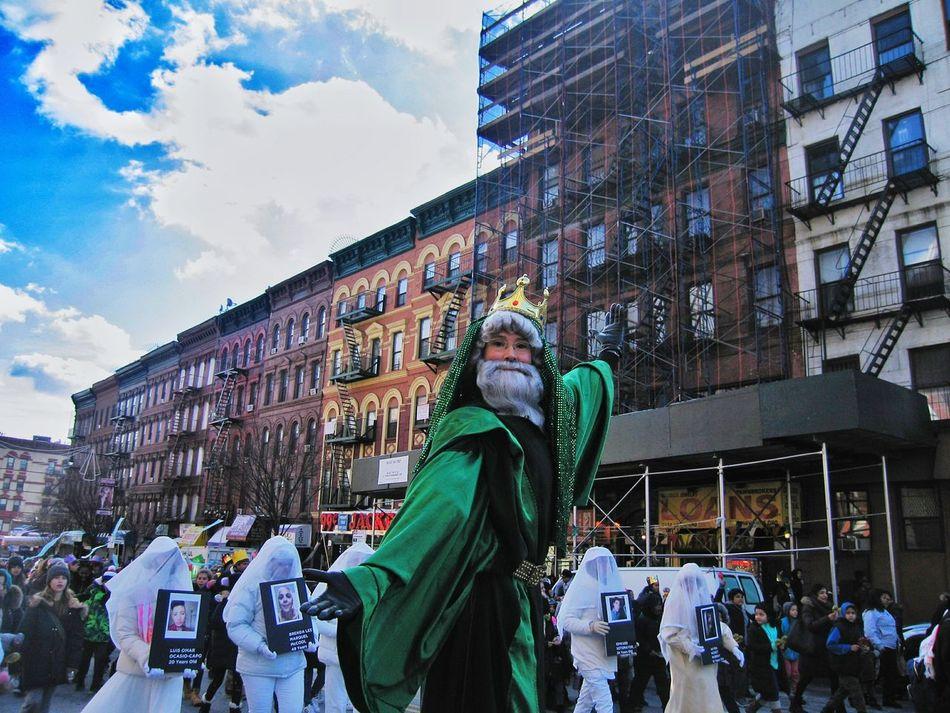 Three Kings Parade 2017 Stiltwalker El Barrio NYC Harlem, NYC