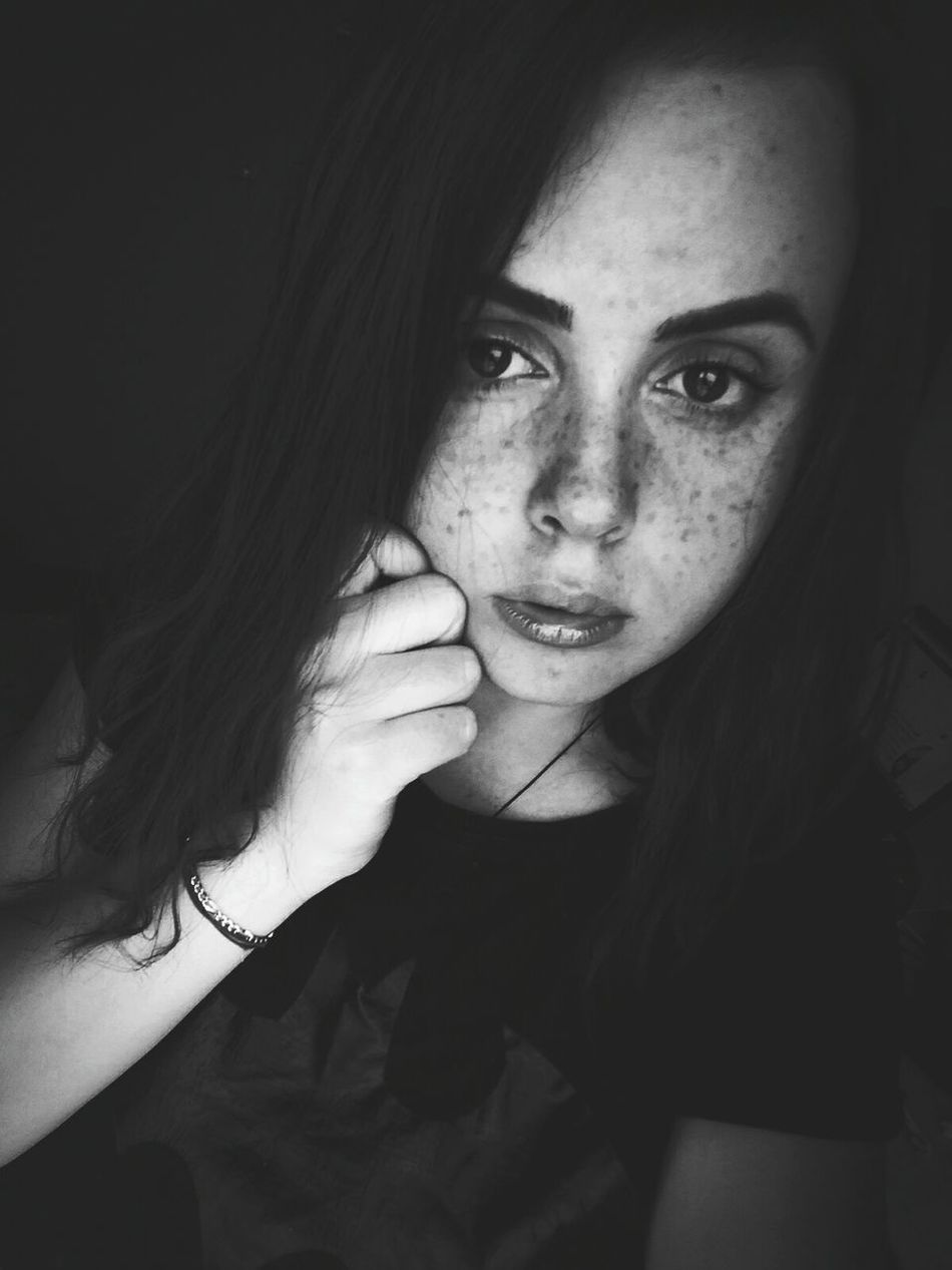 One Woman Only Only Women One Young Woman Only Looking At Camera Young Adult Freckleseverywhere Freckles On My Face (: Freckles. ❤ No Make-up EyeAmNewHere