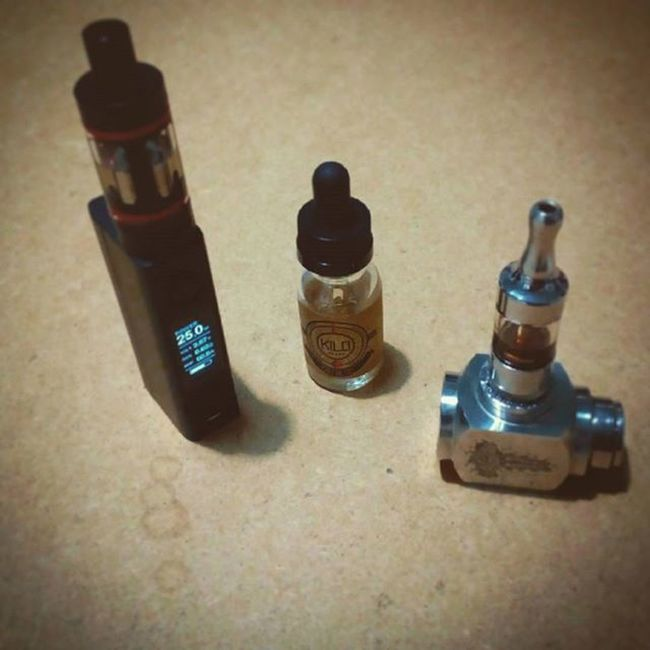 The family grows bigger, thanks @nekratog for the advice ! Vapers Thorhammermod Evicvtcmini Kangertechsubtankmini Kilotrublue