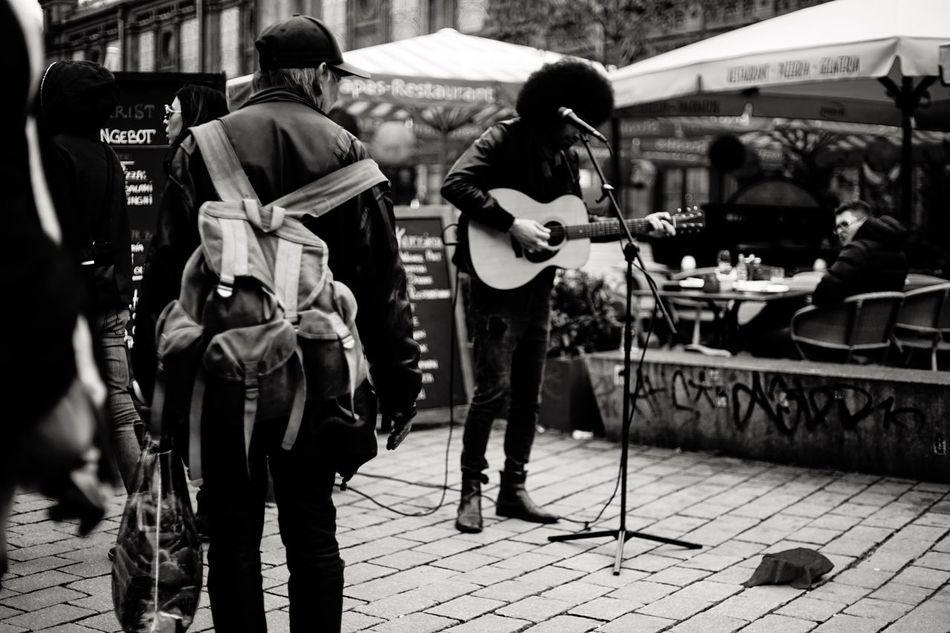 Street Streetphotography Street Musician Berlin Berlin Photography Berlincity Gernany Blackandwhite City City Life Guitar EasyJet Vscocam VSCO Sony Sonyalpha Sony A7 Sonyphotography
