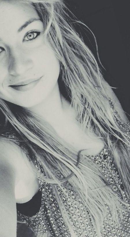 Dans la vie, y faut savoir faire des concession !! Self Portrai Blonde Girl Love♥ Relaxing