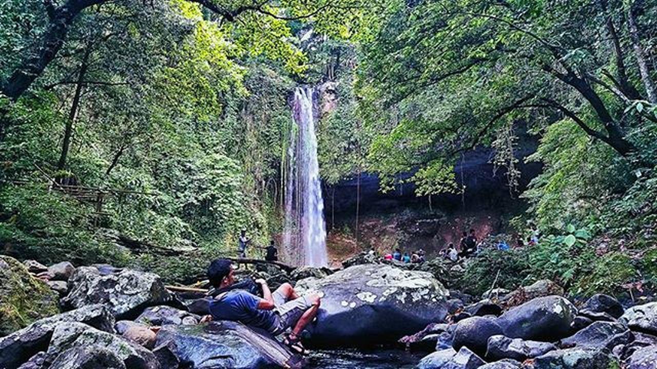Buruwisan falls Mountaineering Climbing Hiking Enjoynglife Livefree Lookingaround