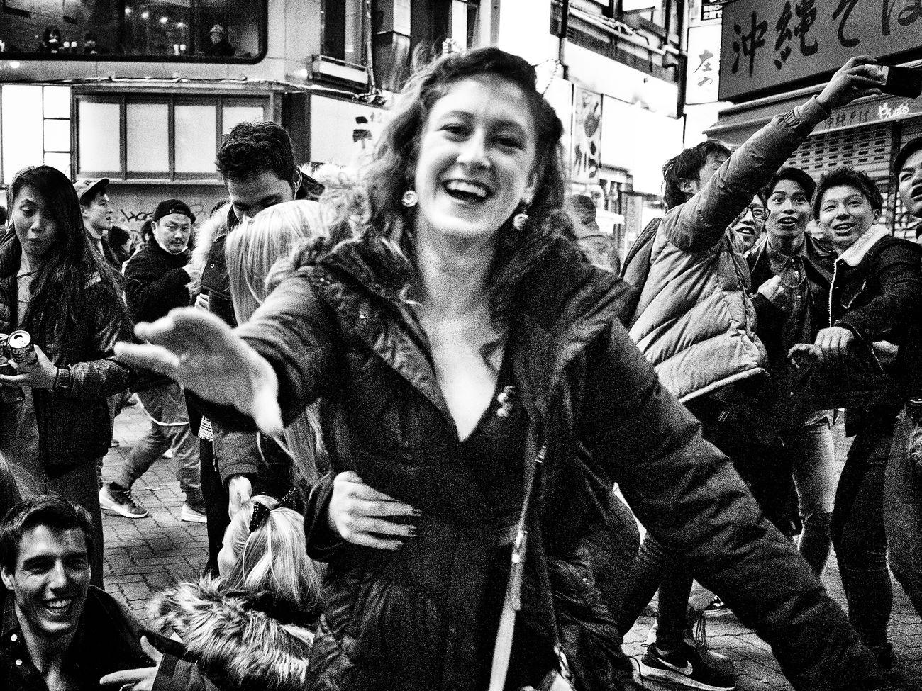 トーキョー・ブルース ~Tokyo Blues~ 渋谷 Shibuya #2 Shibuya SHINJYUKU Sting_the_street Street Street Photography Streetphoto Streetphoto_bw Streetphotographer Streetphotographers Streetphotography Streetphotography_bw Tokyo Tokyo Street Photography Tokyo,Japan