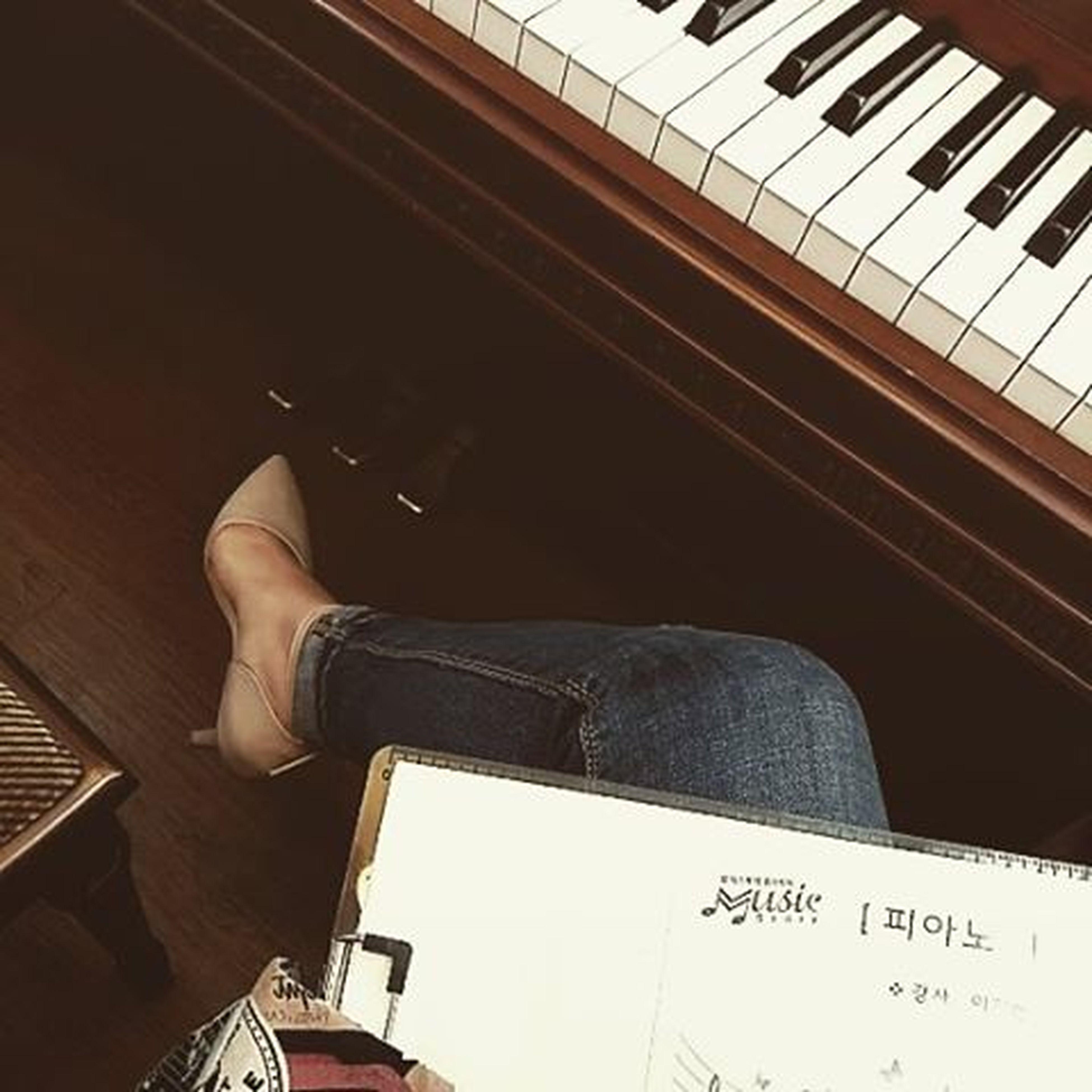 오늘은 다시 일상으로🙈 첫시도 베이지뾰족이구두❤ Piano 피아노 Lesson Diary 일상 Daylelook Shoes 토요일 아침 봄 베이지