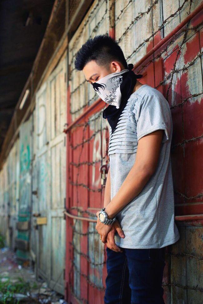 The Street Photographer - 2016 EyeEm Awards 2k16 Shots YB Yankin LLTee Stayhigh Dreambig Supportmeseniors