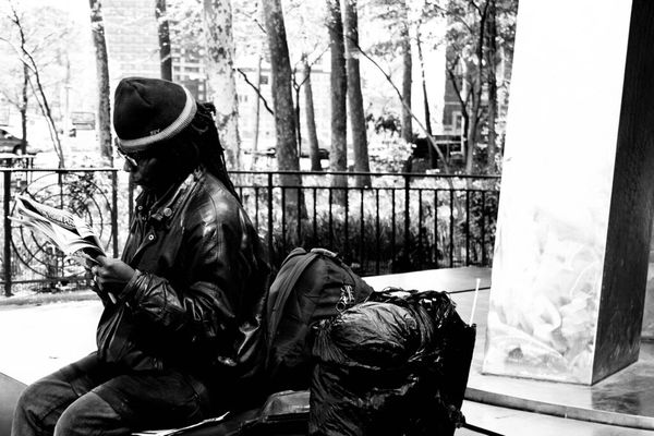 streetphoto_bw at New York by Elizabeth Lloyd