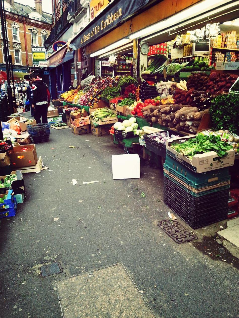 Veggi Planet Hi!Farm Markets Everyday People