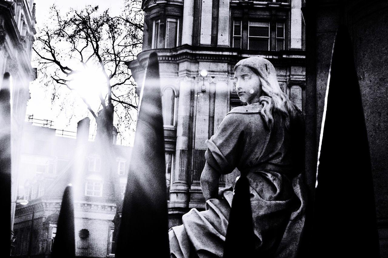 Statue Blackandwhite Black & White London Londoncity Stpauls Streetphoto_bw Streetphotography EyeEmNewHere