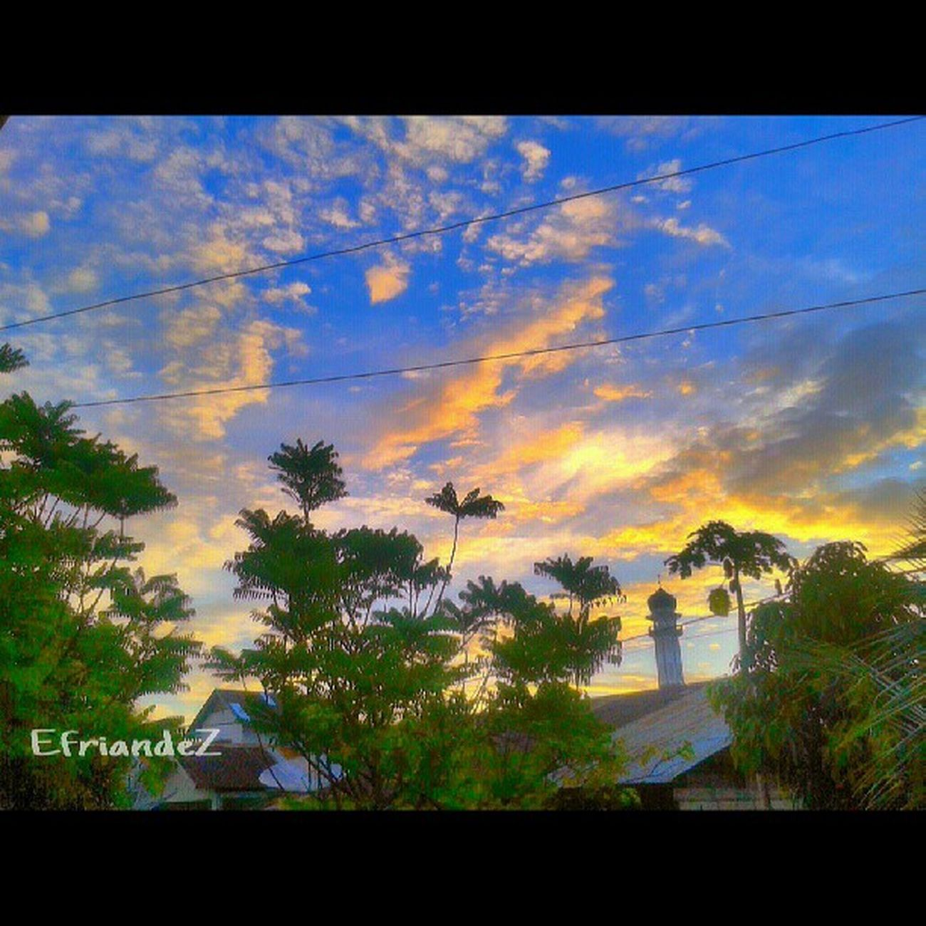 Sky show up -------------------------- Padepkankalisurut Picohtheday Instagram HDR_Indonesia gf_indonesia gang_family gf_dailystyle fotodroid