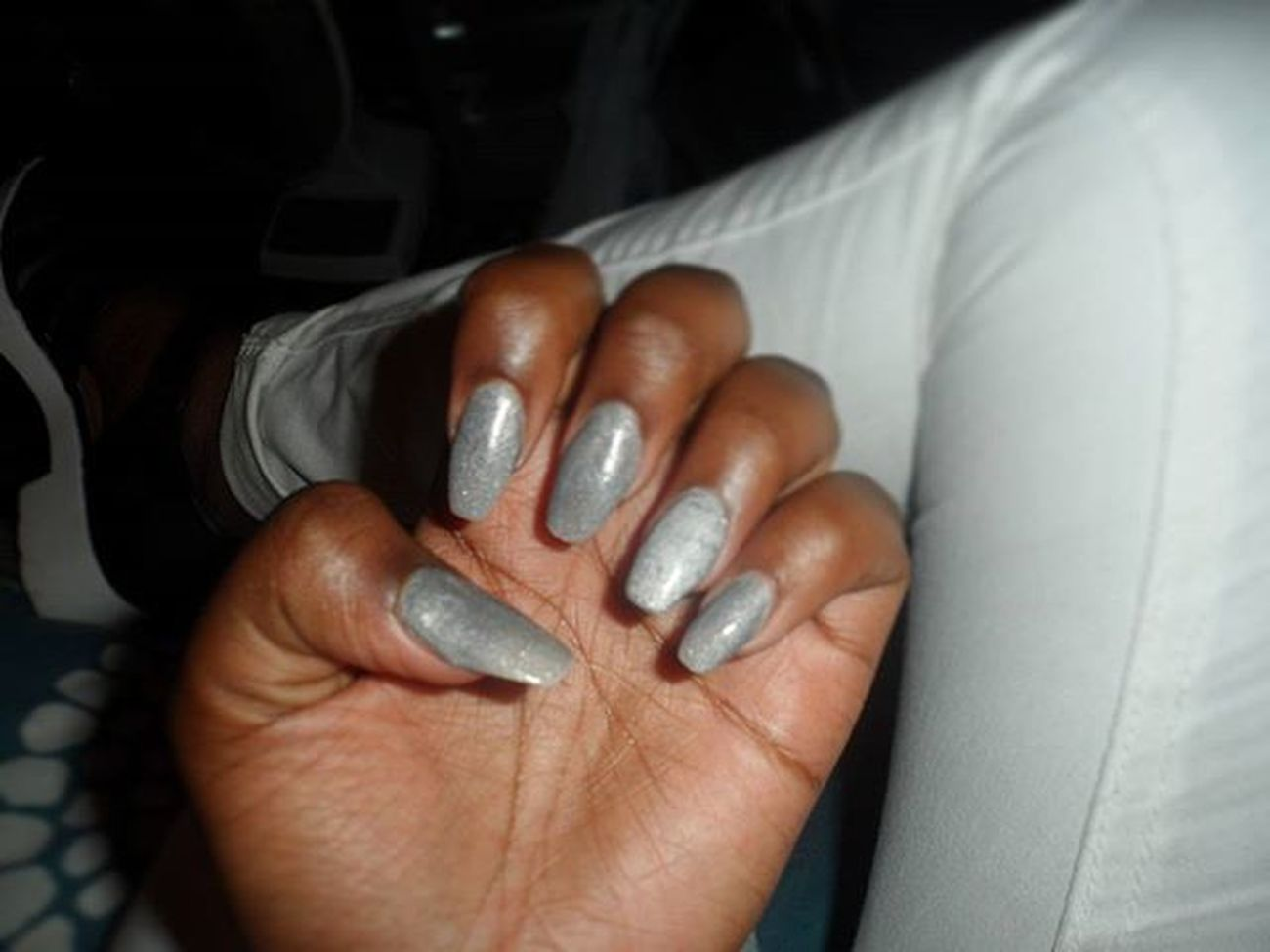 NailGameOnFleek SilverGrey♡ LegUpOnLeg WhiteSole Whitepants Shoes