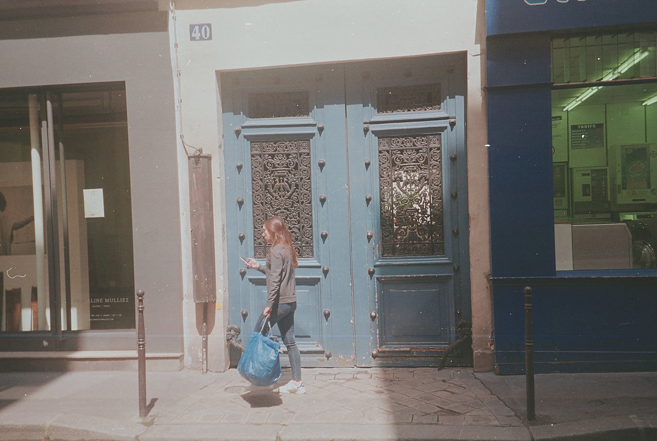 part of TO DO Blue Girl Laundrylife Life Paris People Sundaymorning Typical