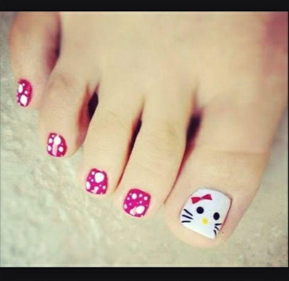 Enjoying Life Cute Fashion Nails Hello World Pedicure 👌💞 Fashion