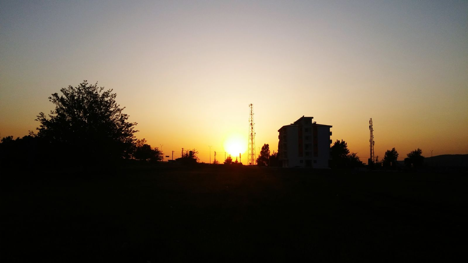 🌳☀ Taking Photos Hello World LG G3 Photography LG G3 The Sun Sky Sunset The Set Of The Day Sundown