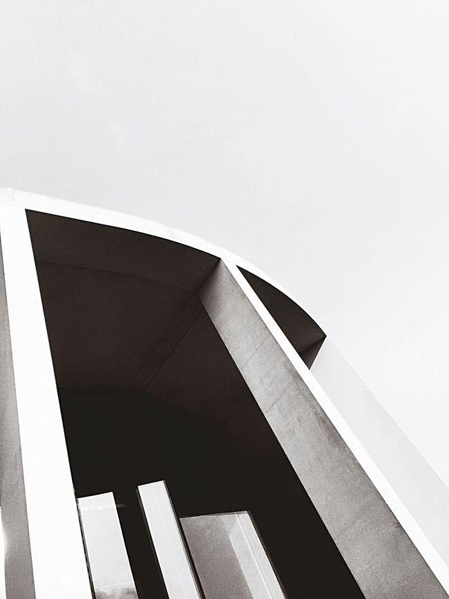 Architecture The Architect - 2015 EyeEm Awards Bandw #bw_crew #bw_porn #bw #bnw_society #bw_lover #bnw #blackandwhite #blackwhite #bwoftheday #all_shots #igers #igersturkey #igersistanbul #streetphoto_bw #bw_photooftheday #fineart_photobnw #streetphotography #colorsplash #coloursplash #colorsplash_bw Monochromatic EyeEm Best Shots - Architecture Streetphoto_bw Streetphotography Pillars Shadows & Lights Artistic