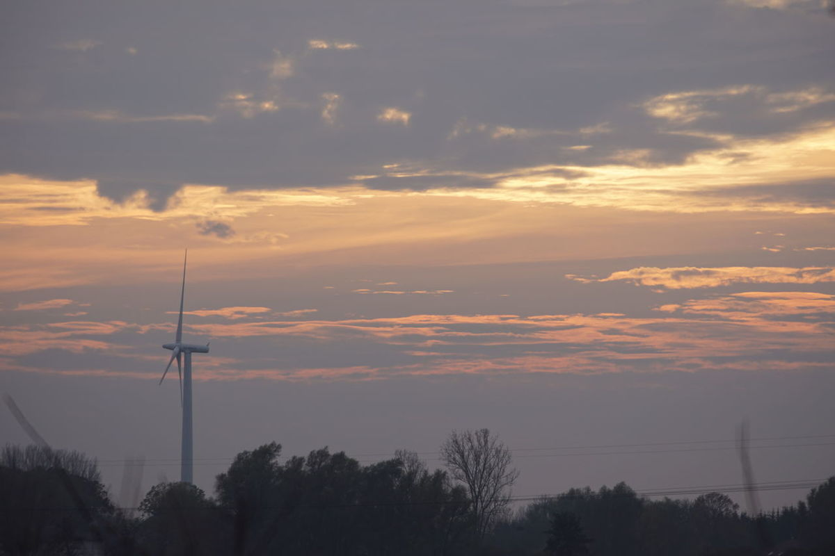 Grimmen Mecklenburg-Vorpommern Sonnenuntergang Beauty In Nature Cloud - Sky Connection Day Electricity Pylon Fuel And Power Generation Industrial Windmill Nature No People Outdoors Scenics Silhouette Sky Sunset Technology Telephone Line Tranquility Tree Wind Turbine Windmill