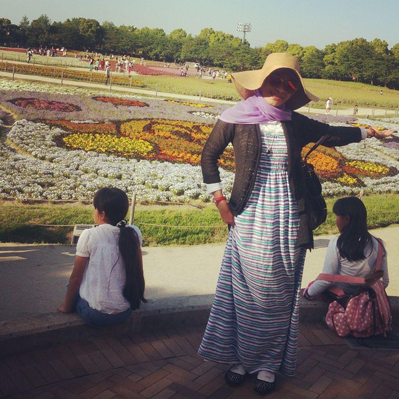 2015.05.05 なばなの里 Spring Livinginjapan Lovejapan Loveaceh Aceh Acehjapan Indonesiajapan Musliminjapan Hijabmuslimah Hijabi Purple Goldenweek Myojitabuchi Tabuchi Nikeijin