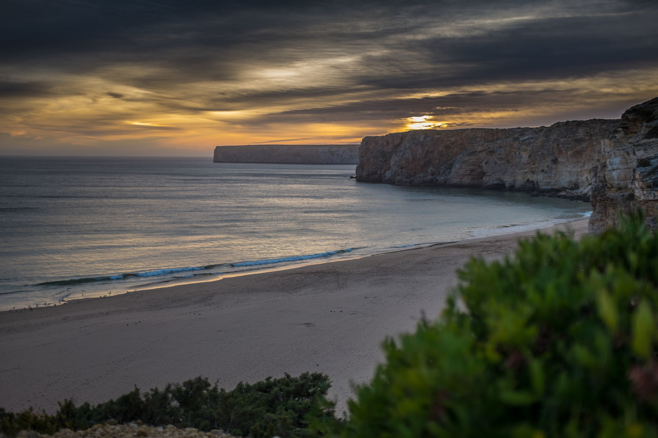 Sunset Sand Dune Waves Vacations Holiday No People Water Beach Summer Outdoors Sunny Paradise X100S Beauty In Nature Algarve Portugal Sky Sand Scenics Landscape Nature Horizon Over Water Ocean Rocks Daydream